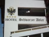 Schwarzer Adler, Seis