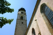 15-Kirchturm mit Kirche