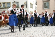 01-Volkstanzgruppe
