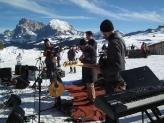 02-Swing on Snow
